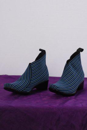 San Miguel schoen type blauw gestreept