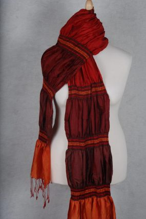 Kazuri zijden shawl oranje rood