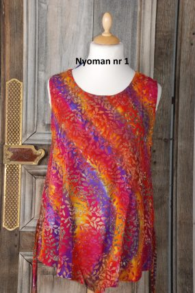 Normal Crazy Nyoman Blouse z.m.