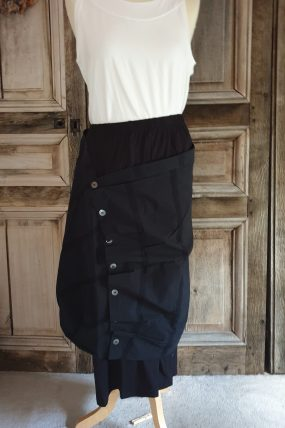 E-ApS Skirt black 11832