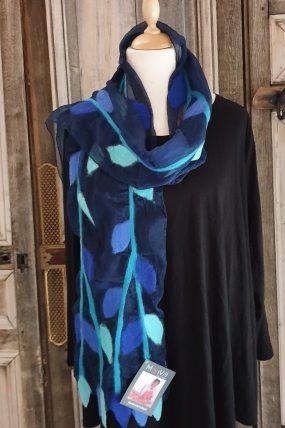 Mooi Vilt shawl op zijde gevilt (2)